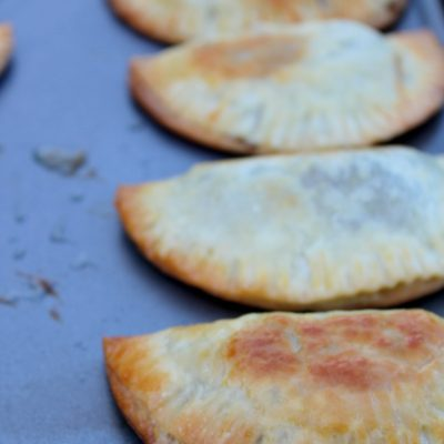 Empanadas de Ropa Vieja (shredded beef paties)