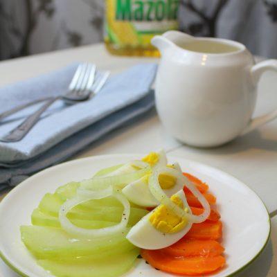 chayote, carrot and egg salad with caribbean dressing (ensalada hervida)